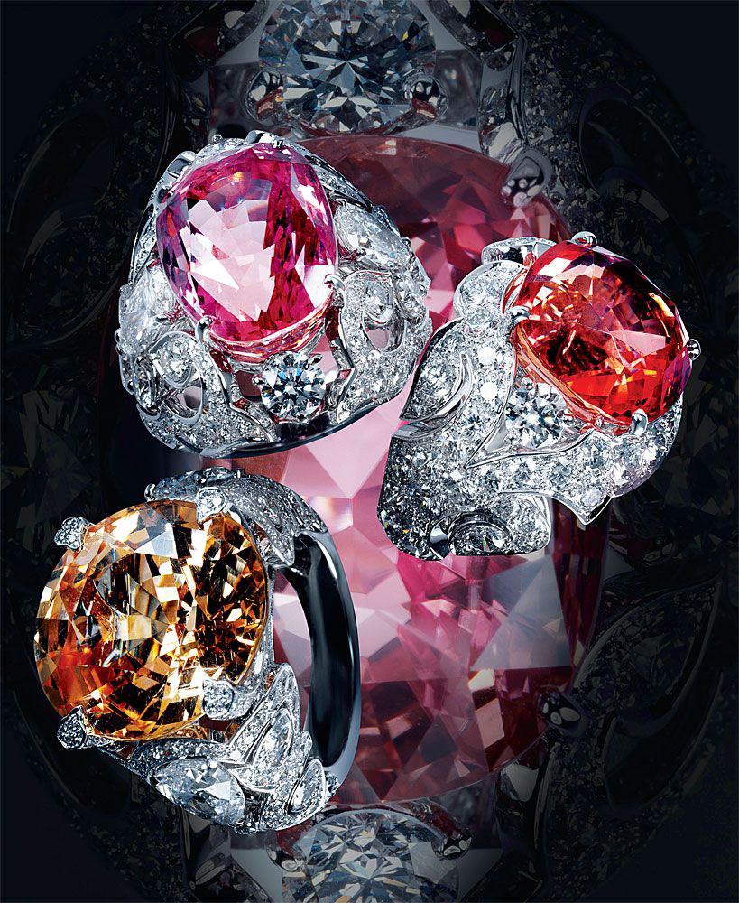 Đá quý sapphire không chỉ có màu xanh