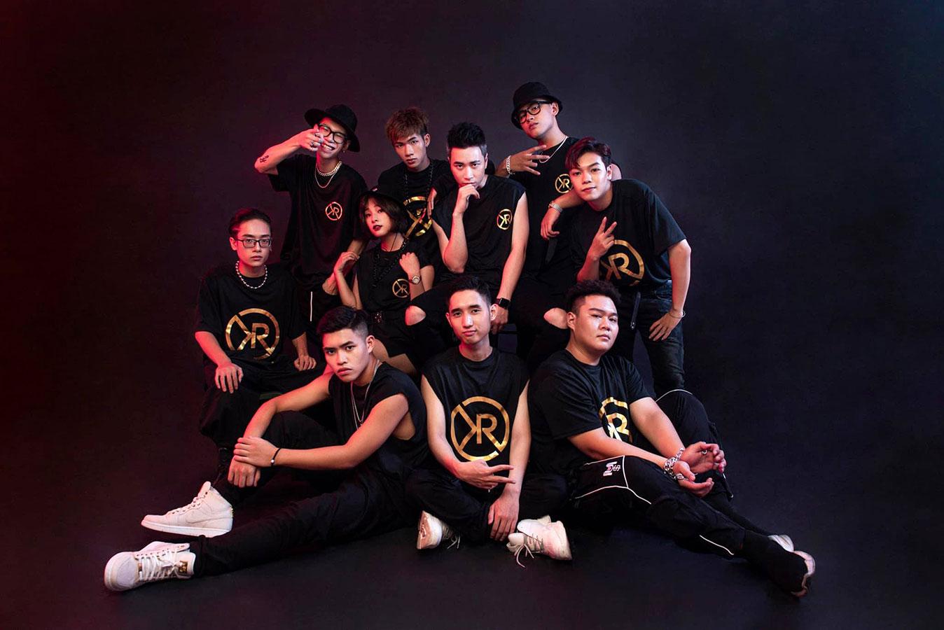 Thời trang Karik tại Vòng đối đầu Rap Việt