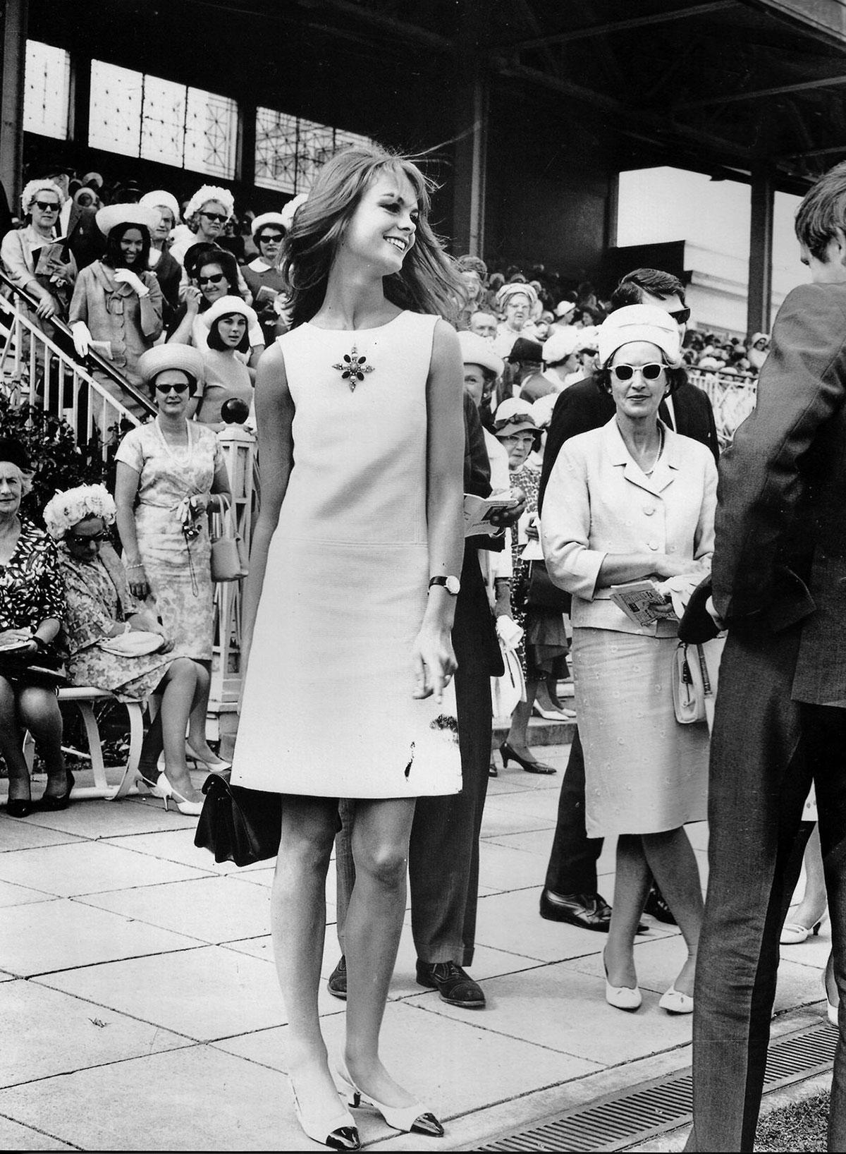 Phong cách retro thập niên 1960 của giới trí thức 2