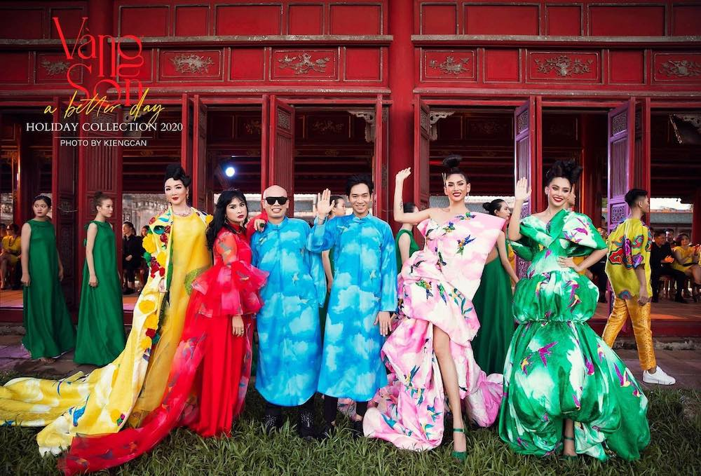 Sao Việt tề tựu tại Kinh thành Huế, tham dự show VUNGOC&SON