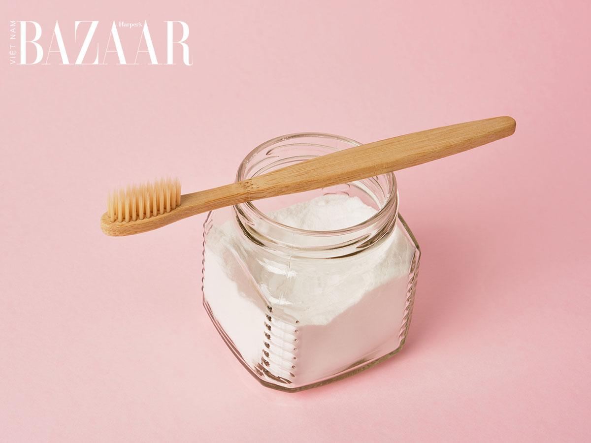 Mẹo giữ răng trắng tự nhiên, giữ hơi thở thơm tho với bột baking soda
