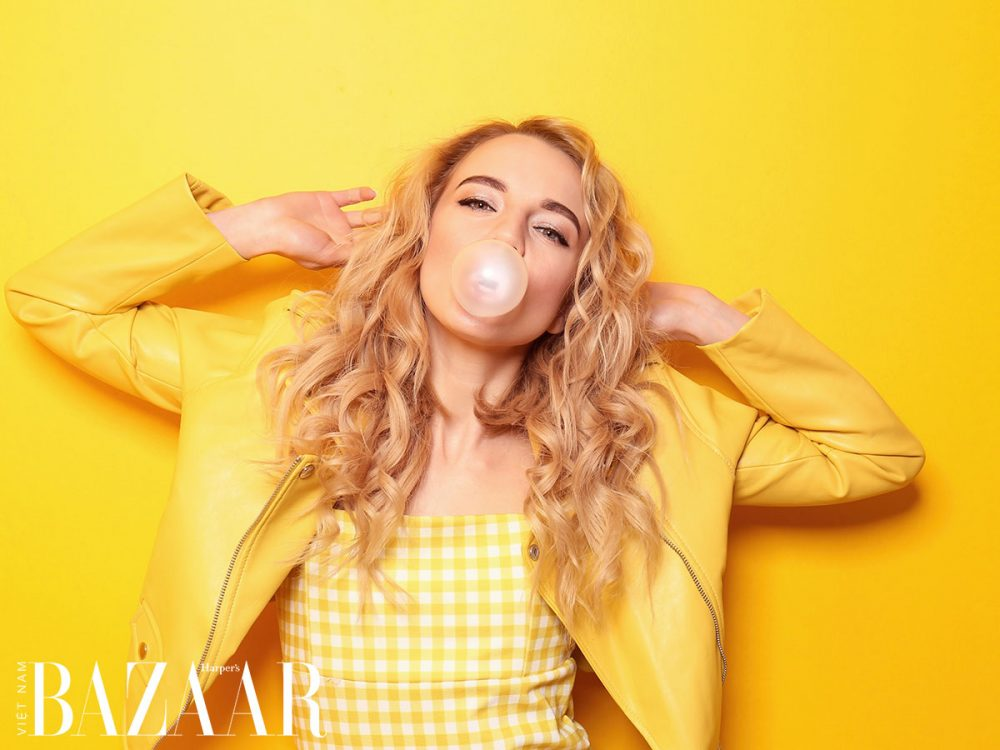 cách để giảm stress: nhai kẹo cao su