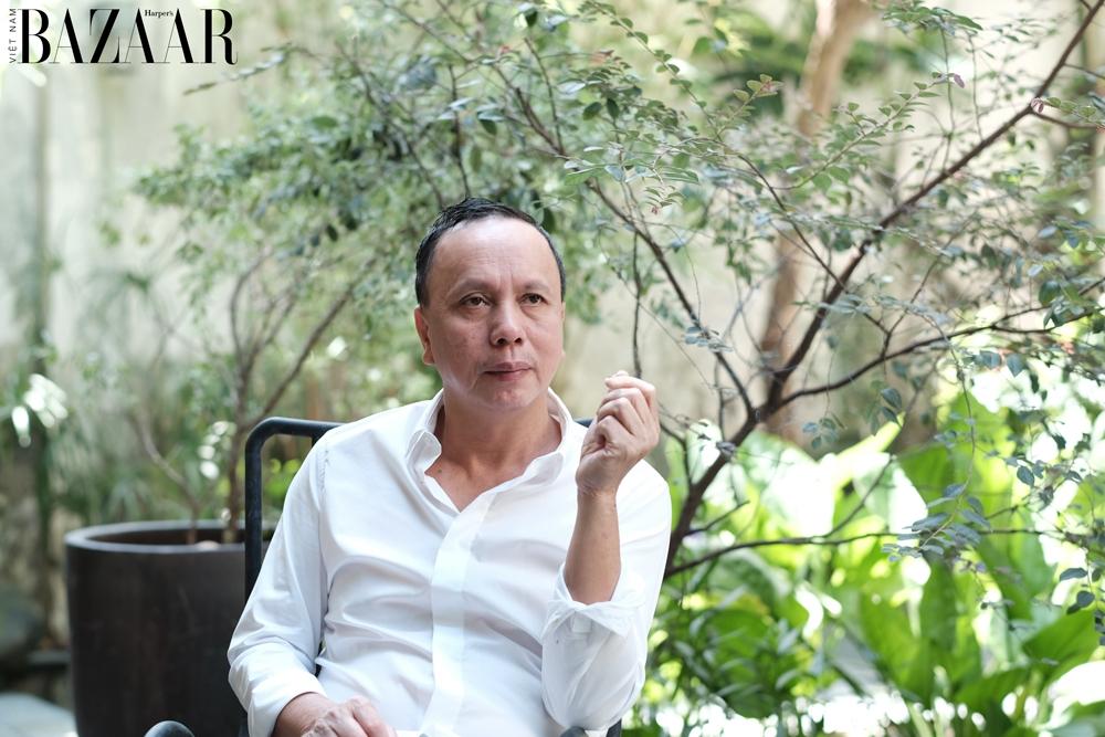 """Triển lãm tranh """"Miền sương khói"""": 15 năm lãng du của họa sỹ Lê Thanh Sơn"""
