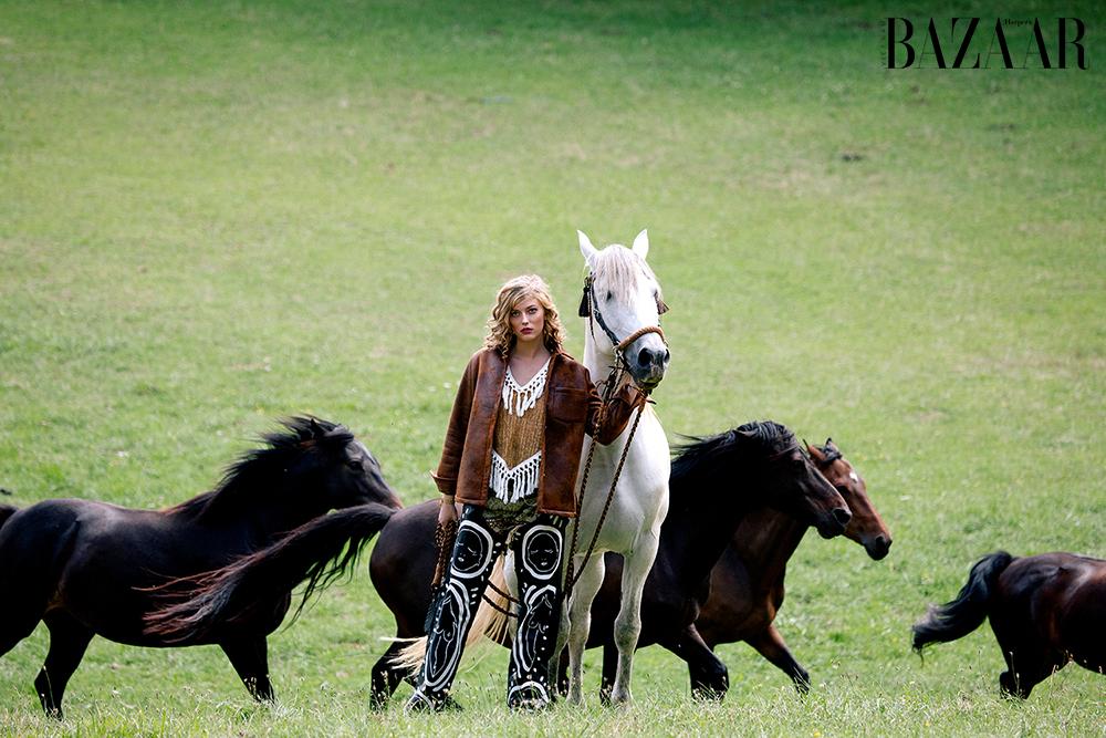 ảnh thời trang Wild Horses 1