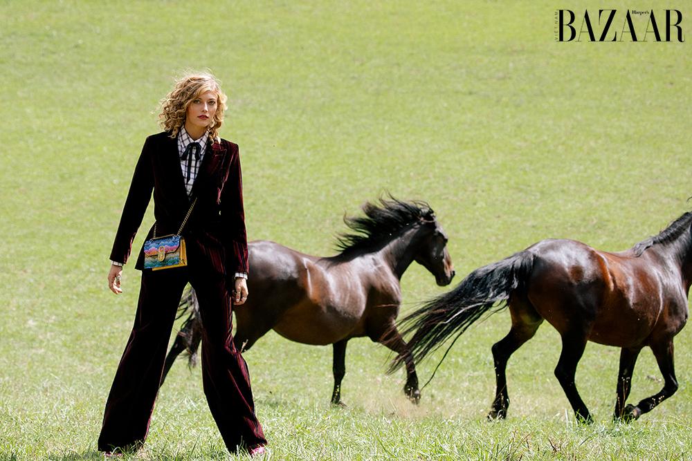 ảnh thời trang Wild Horses 3