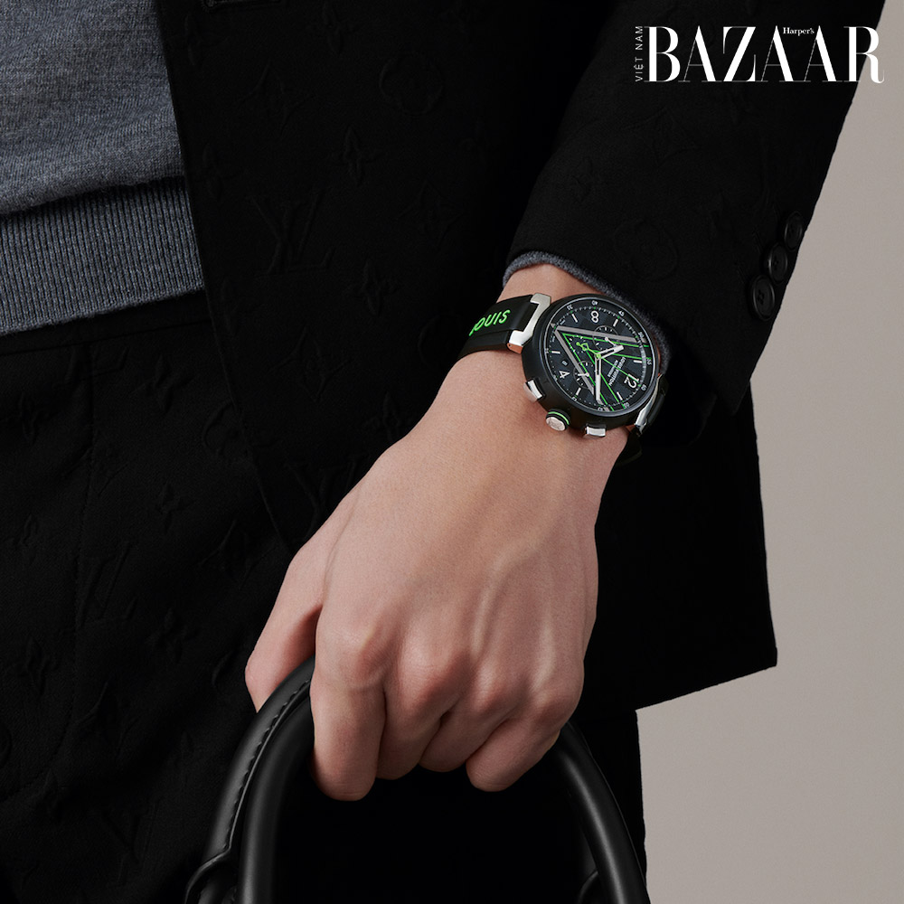 Louis Vuitton giới thiệu đồng hồ Tambour Damier Graphite Race