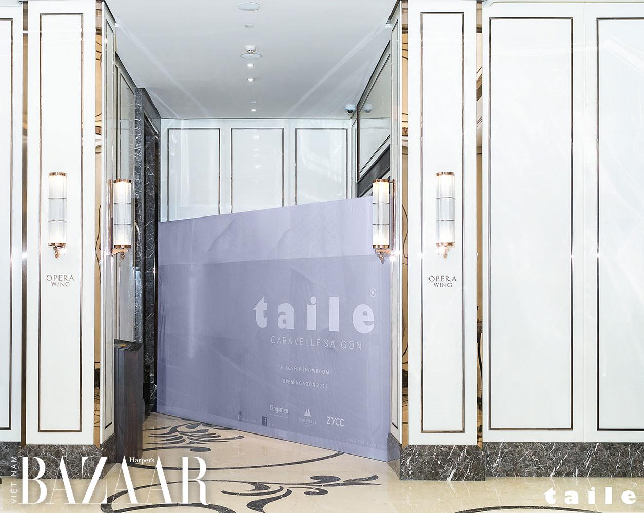Khuôn viên cửa hàng flagship của TAILE đang được thi công tại khách sạn Caravelle Saigon