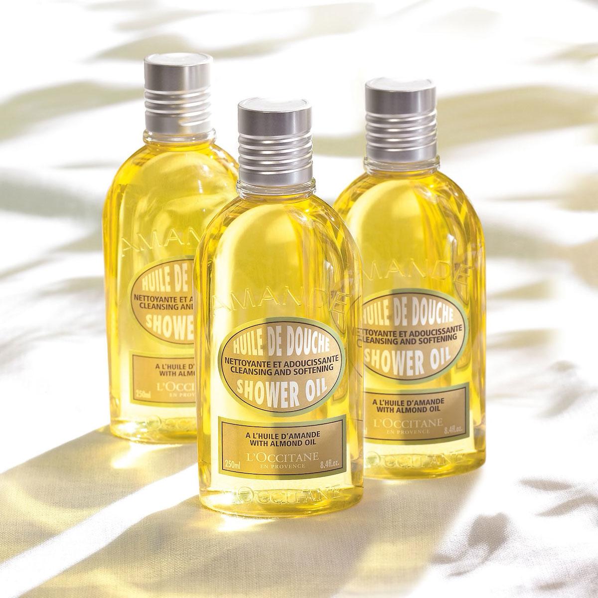 Dưỡng ẩm da ưu việt với dầu tắm 1