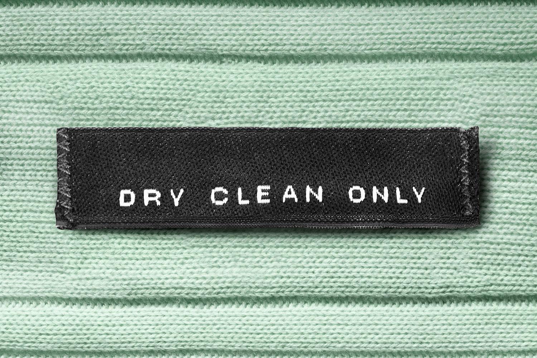 Dry Cleaning: Tất cả những gì bạn cần biết về Giặt hấp và Giặt khô