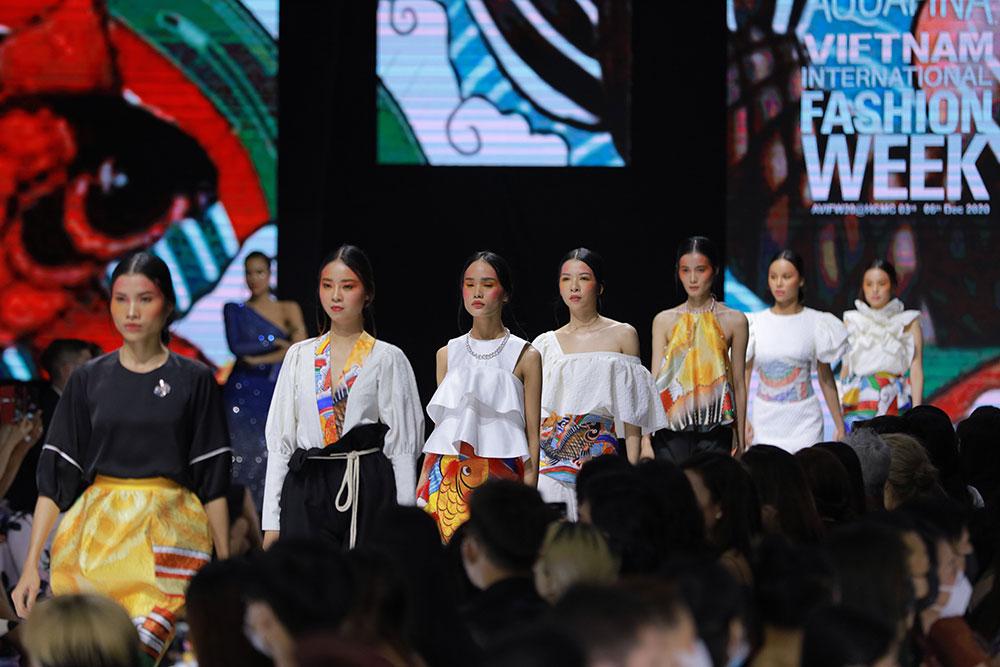 Làn gió mới tại AVIFW 2020: BST từ sinh viên Nguyễn Tùng Chinh