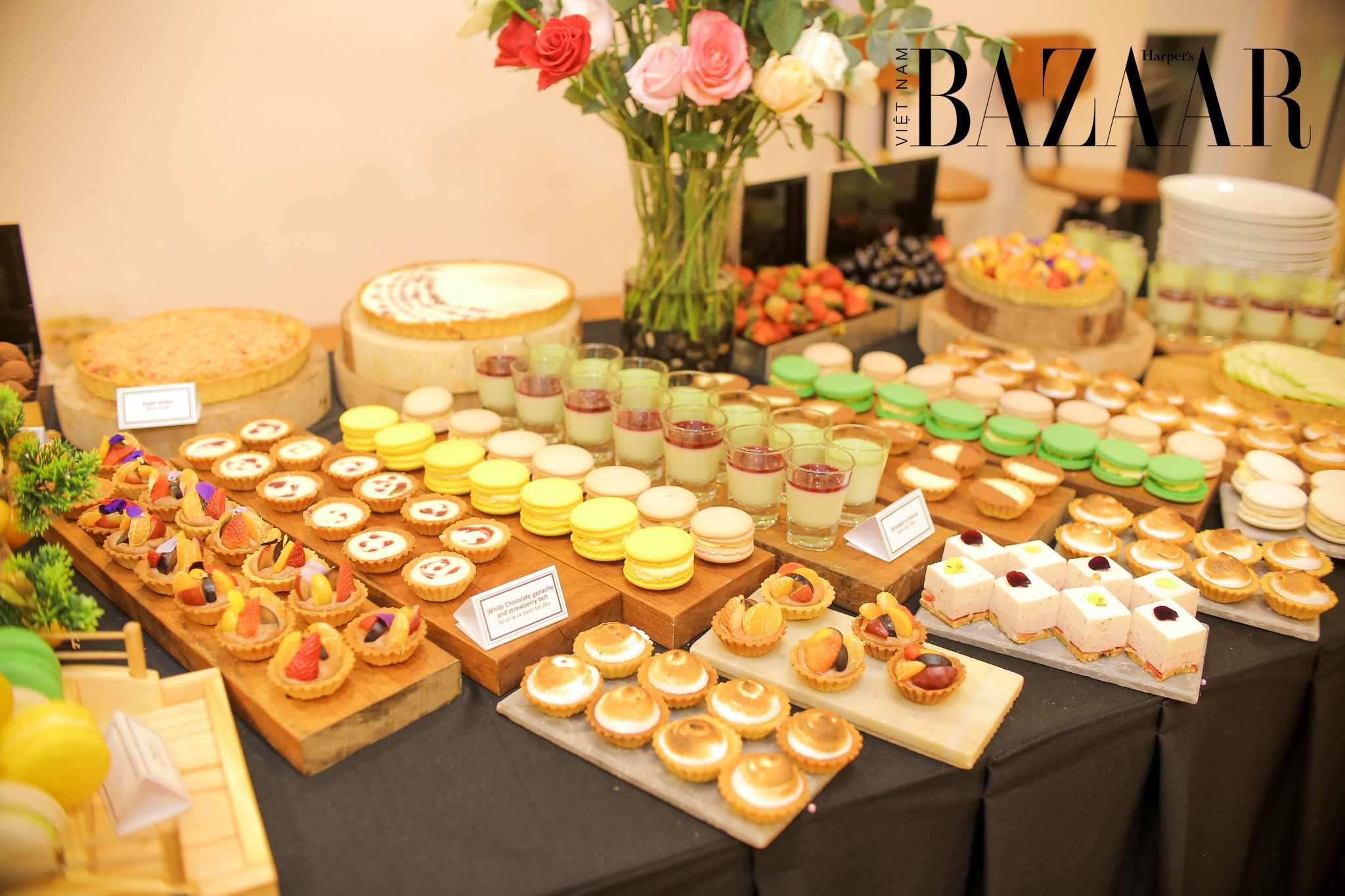 BZ-YEAR-END-PARTY-DESSERT