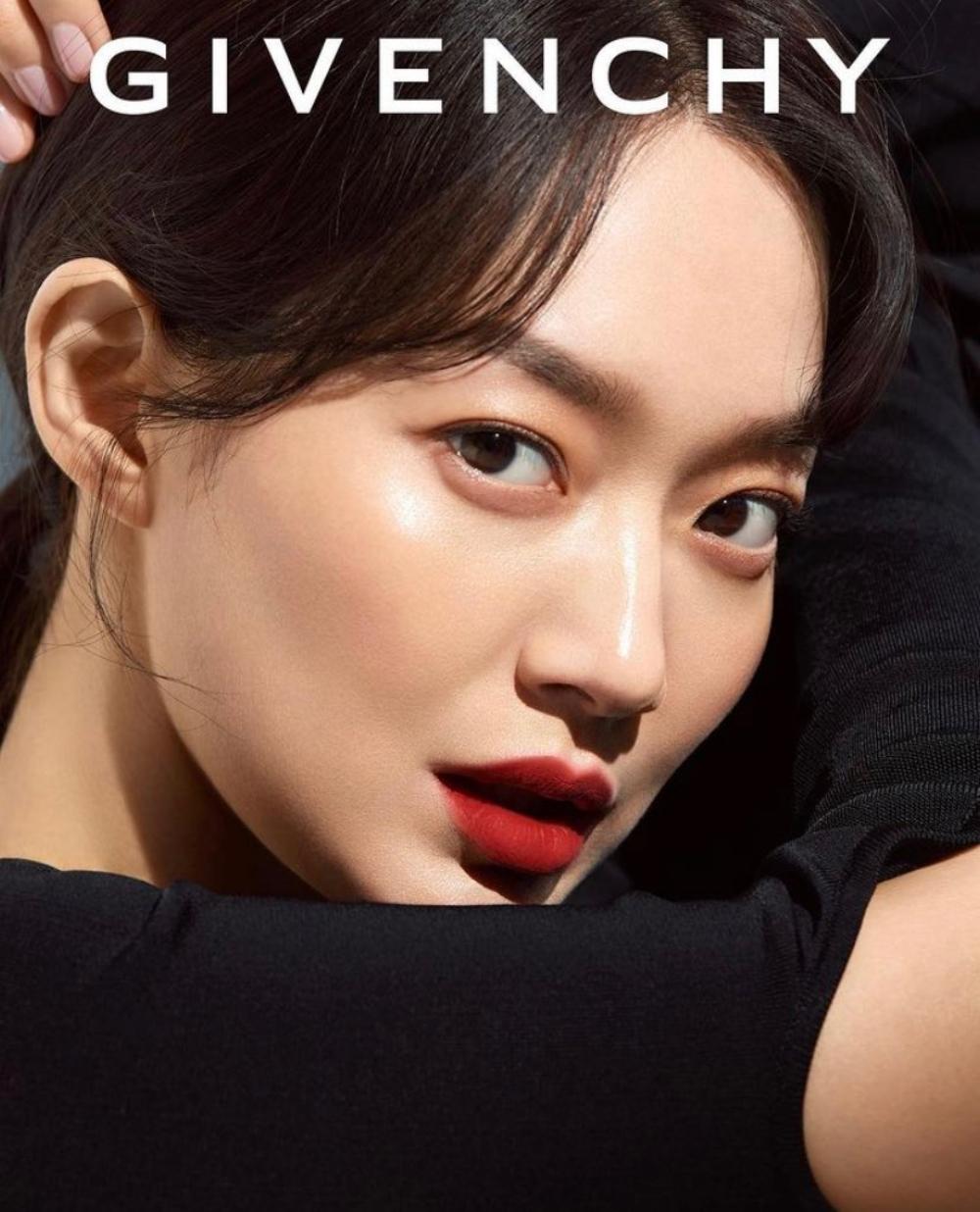 Poster quảng bá của Givenchy Beauty do Shin Min-Ah làm đại sứ