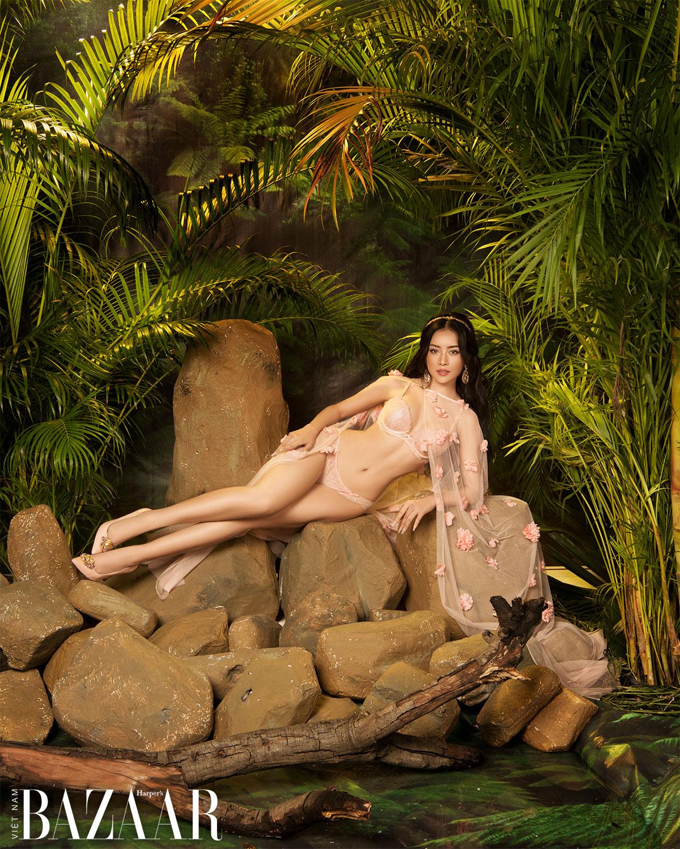 Mâu Thủy, Chi Pu, Khánh My hóa nữ thần trong bộ lịch Vera 2021 9