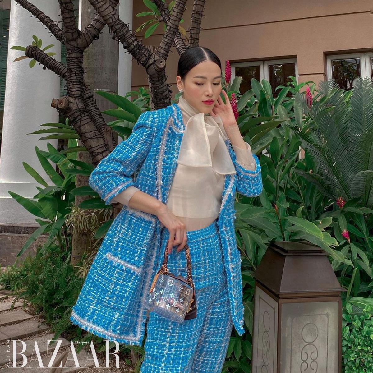 Hoa hậu Phương Khánh với chiếc túi LV Box Scott, một loại túi vanity trong suốt