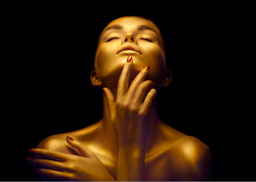 Cách làm cho khuôn mặt thon gọn với bài tập cho cơ mặt