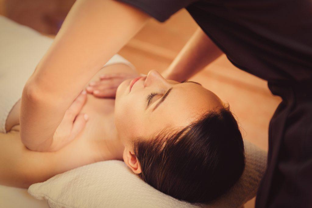 Massage có làm tăng kích thước vòng 1?