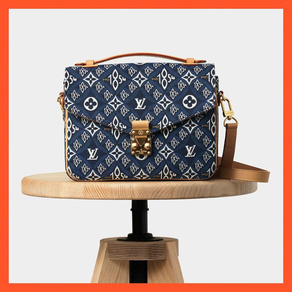 Louis Vuitton mở rộng dòng Since 1854 với các mẫu túi denim xanh biển 3