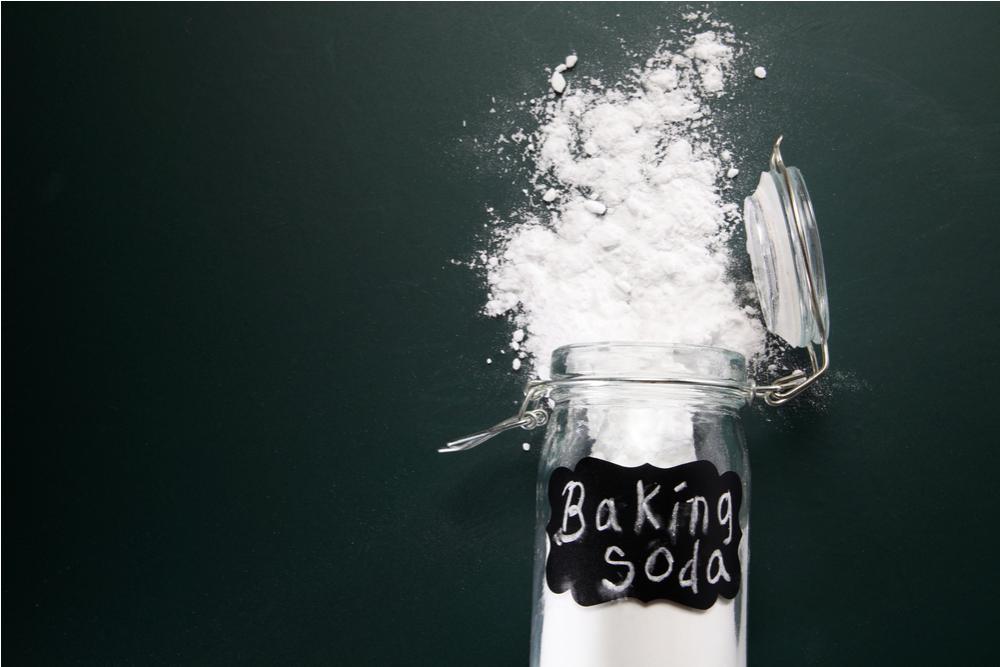 tẩy quần áo bằng baking soda