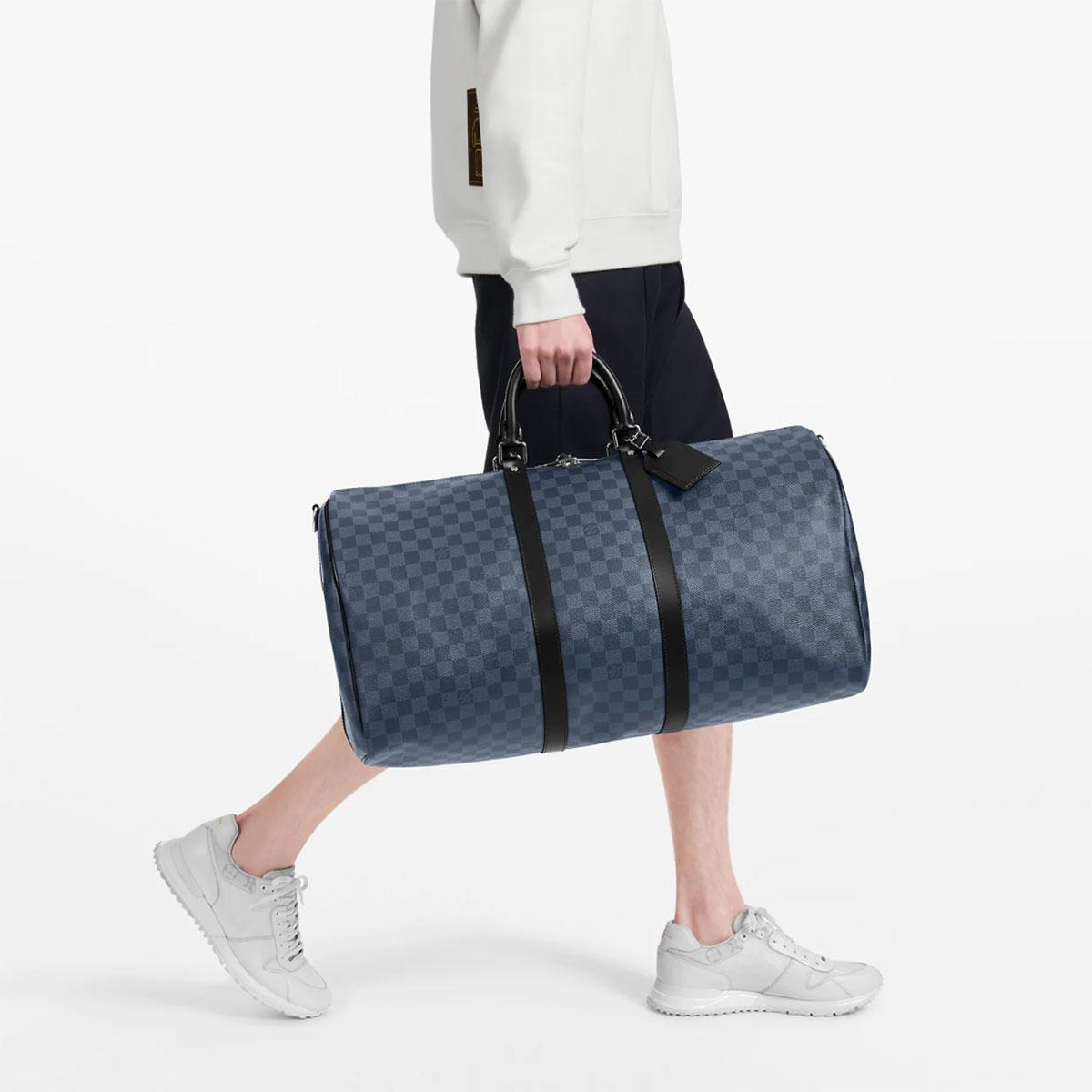Băn khoăn có nên mua túi Louis Vuitton Keepall? Hãy đọc bài review này 8