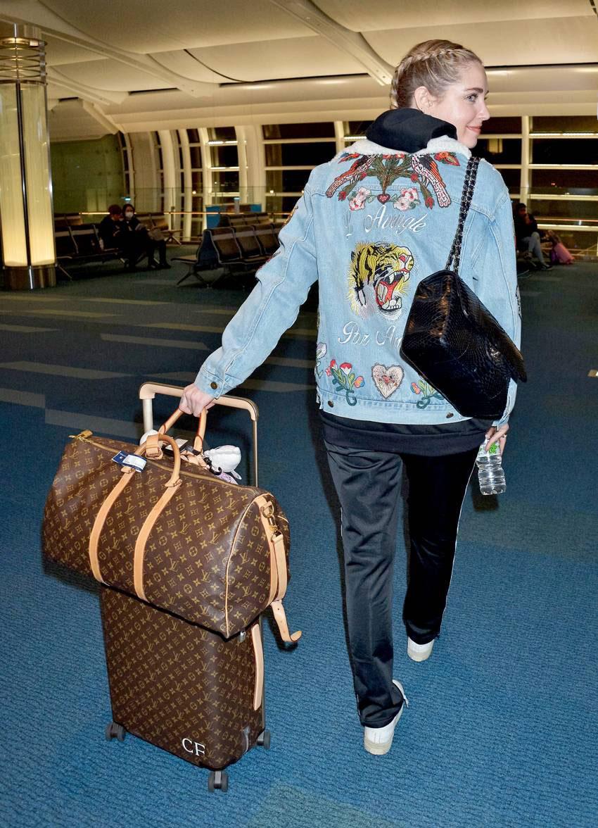 Băn khoăn có nên mua túi Louis Vuitton Keepall? Hãy đọc bài review này 11