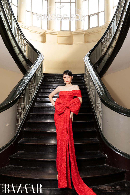 Thảm đỏ hot nhất đầu năm 2021: Dàn sao Việt đình đám quy tụ trong show của Vungoc&son 34