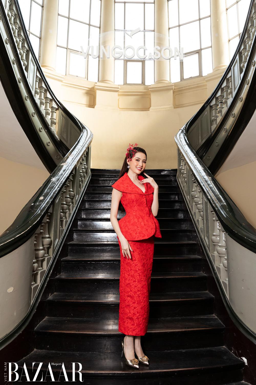 Thảm đỏ hot nhất đầu năm 2021: Dàn sao Việt đình đám quy tụ trong show của Vungoc&son 26