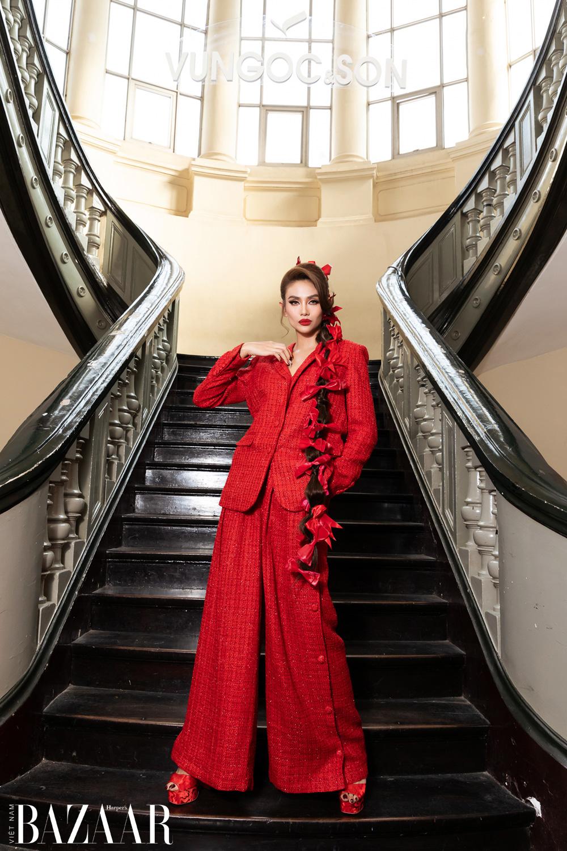 Thảm đỏ hot nhất đầu năm 2021: Dàn sao Việt đình đám quy tụ trong show của Vungoc&son 2