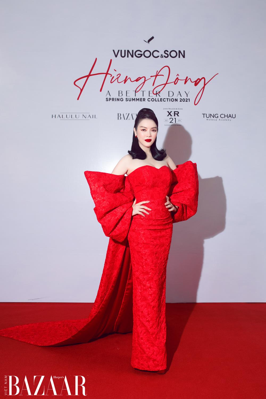 Thảm đỏ hot nhất đầu năm 2021: Dàn sao Việt đình đám quy tụ trong show của Vungoc&son 11