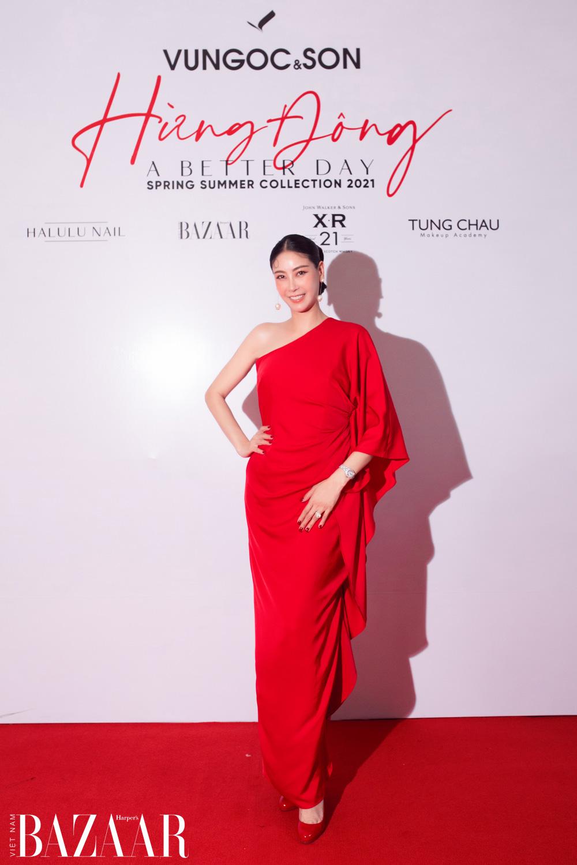 Thảm đỏ hot nhất đầu năm 2021: Dàn sao Việt đình đám quy tụ trong show của Vungoc&son 14