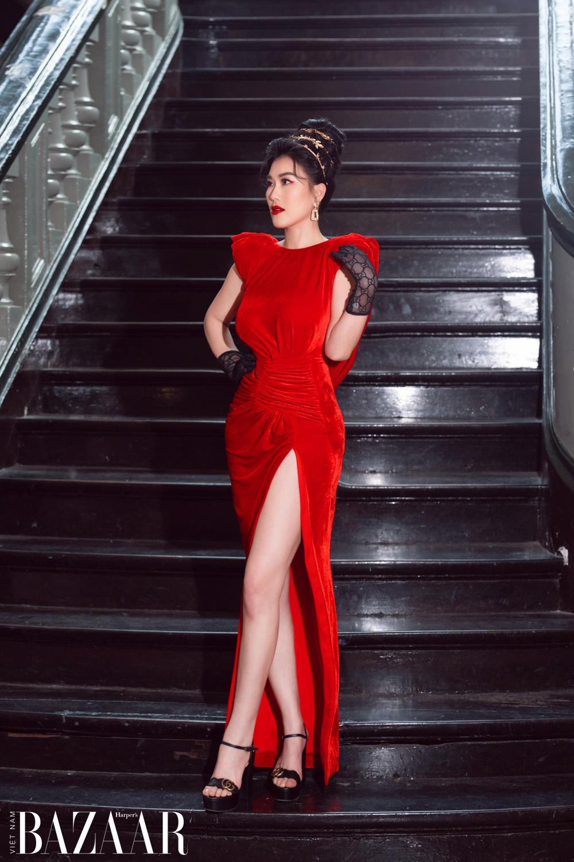 Thảm đỏ hot nhất đầu năm 2021: Dàn sao Việt đình đám quy tụ trong show của Vungoc&son 25