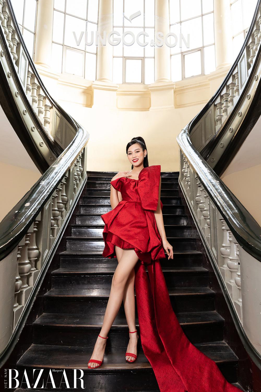 Thảm đỏ hot nhất đầu năm 2021: Dàn sao Việt đình đám quy tụ trong show của Vungoc&son 19