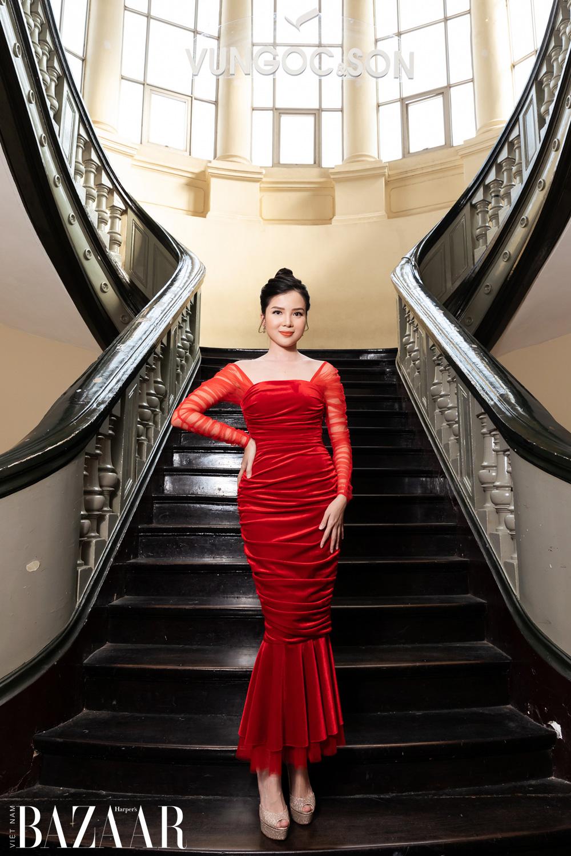 Thảm đỏ hot nhất đầu năm 2021: Dàn sao Việt đình đám quy tụ trong show của Vungoc&son 30