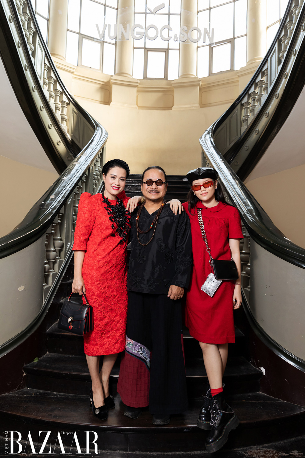 Thảm đỏ hot nhất đầu năm 2021: Dàn sao Việt đình đám quy tụ trong show của Vungoc&son 6