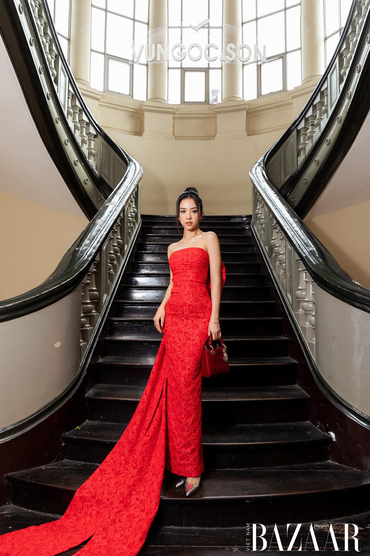 Thảm đỏ hot nhất đầu năm 2021: Dàn sao Việt đình đám quy tụ trong show của Vungoc&son 36