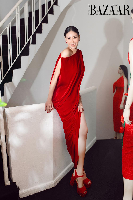 Dàn hoa hậu, á hậu khoe sắc đồng loạt chọn đầm đỏ của VUNGOC&SON 2