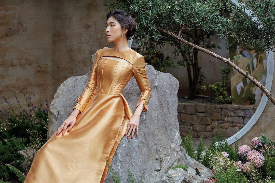 Xu hướng áo corset trở lại vì phim Netflix Bridgerton 9