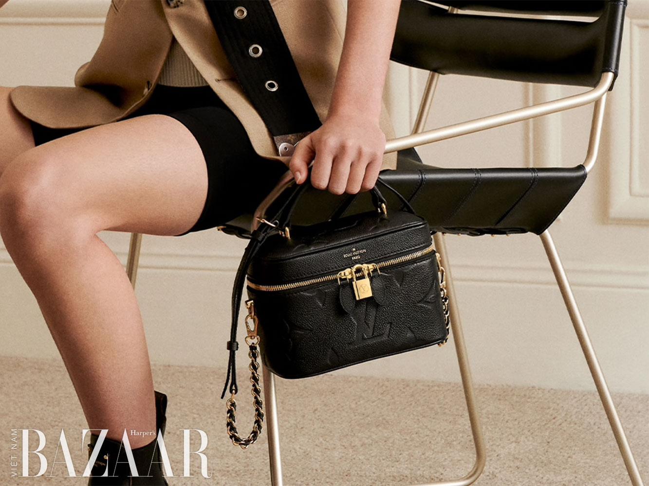 Túi Louis Vuitton Vanity PM bằng da thuộc, họa tiết Monogram Empreinte.