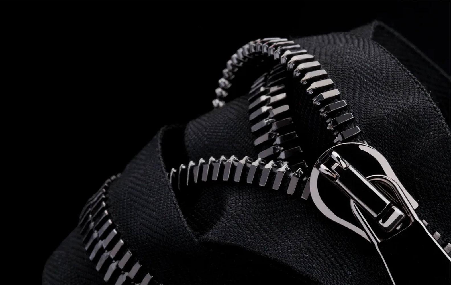 Dây khóa kéo: Chi tiết giúp phân biệt túi xách thật – giả, sang – dổm: Ảnh: Raccagni