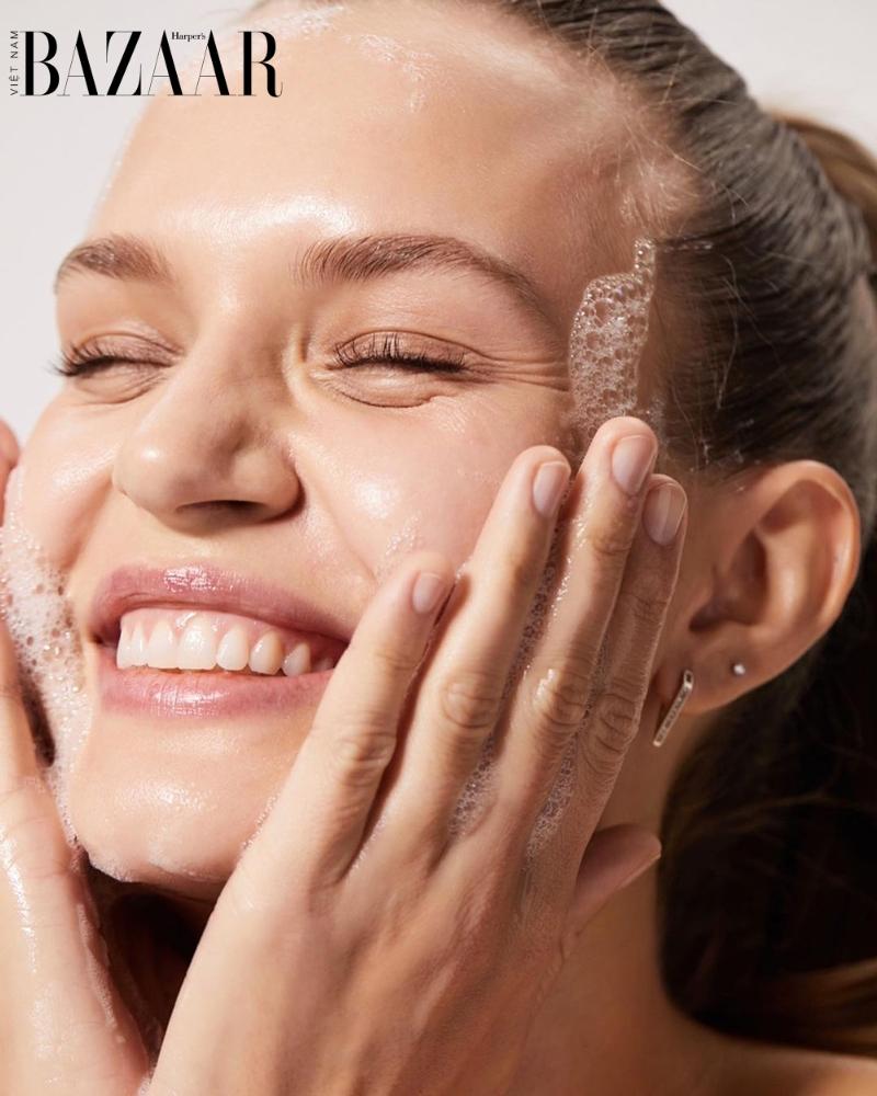 5 mẹo dưỡng ẩm cho da khô đúng cách giúp làn da luôn căng mọng