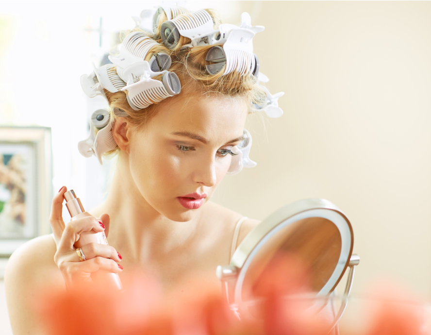 Cách làm tóc xoăn tự nhiên bằng lô cuốn
