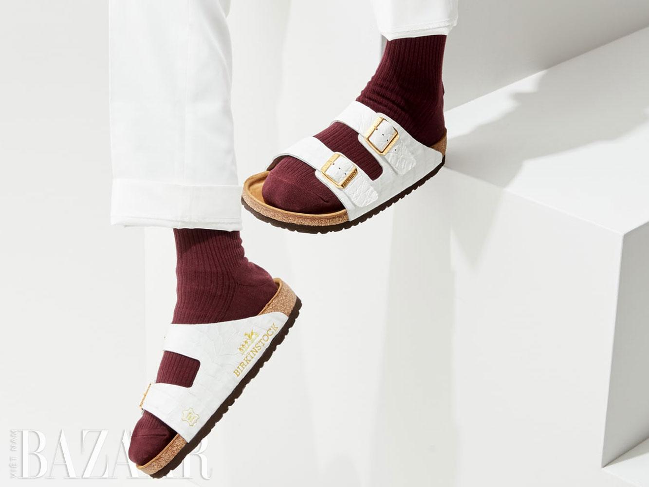 Dép Birkenstock làm từ da thuộc cắt vụn từ túi xách Hermès Birkin