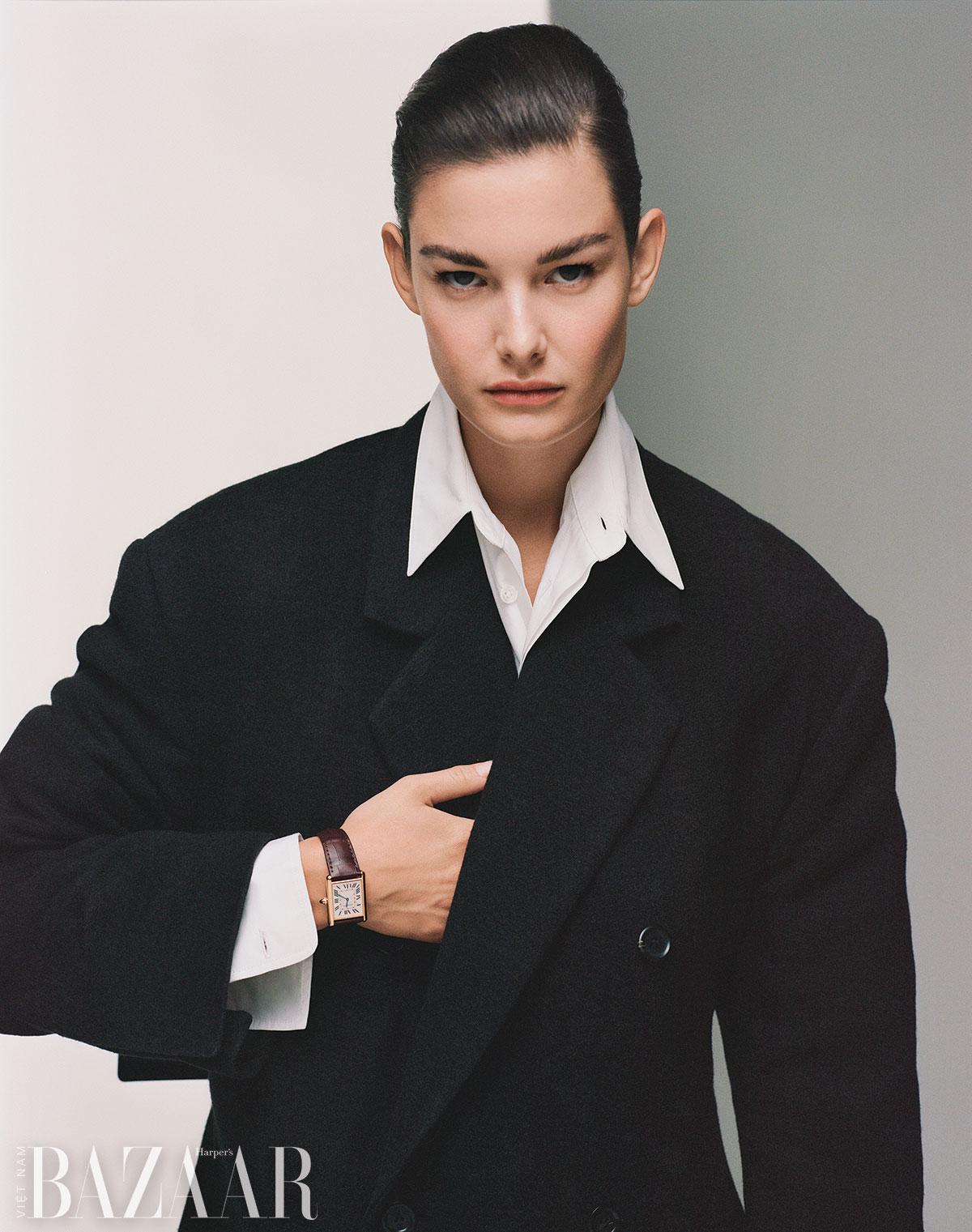 Đồng hồ Cartier cổ điển: Tank Louis Cartier
