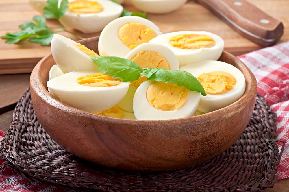 trứng gà luộc ít calo