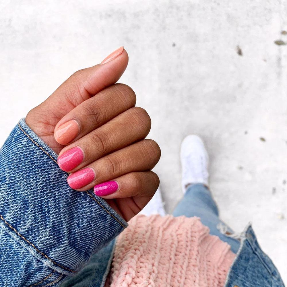 5 mẫu móng tay màu hồng đất giúp tạo đôi tay thon dài, thanh thoát 2