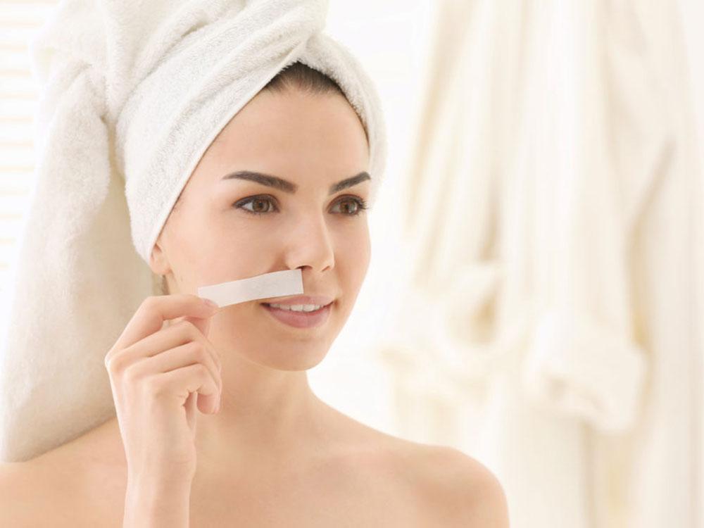 Tẩy lông mặt có thật sự tốt không, và lưu ý điều gì khi thực hiện?