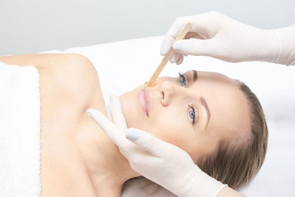 Chăm sóc da sau khi bị thủy đậu bằng phương pháp điều trị sẹo không kê đơn