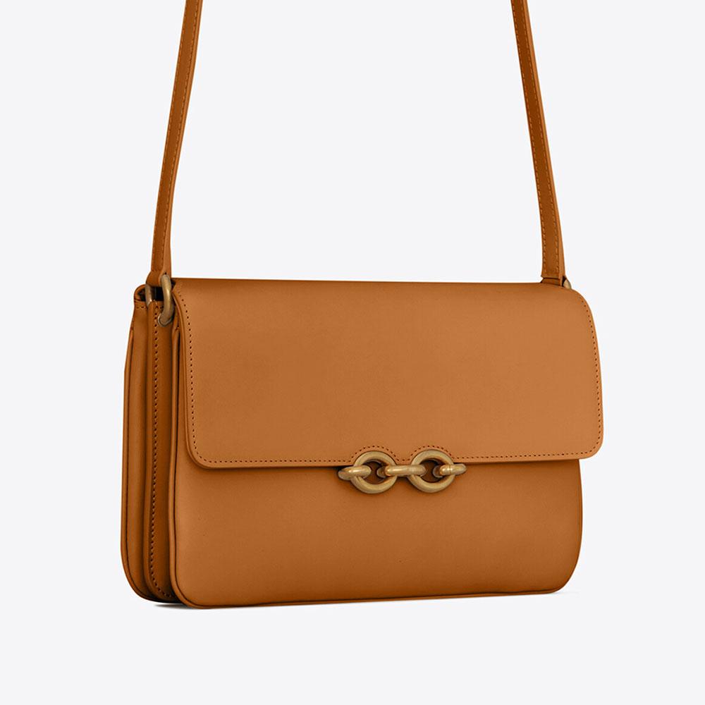 Saint Laurent ra mắt túi Maillon không logo, bị đánh giá là giống Gucci 2