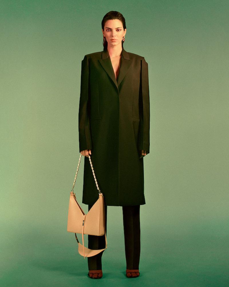 Givenchy tái thiết kế mẫu túi Antigona huyền thoại cho 2021 8