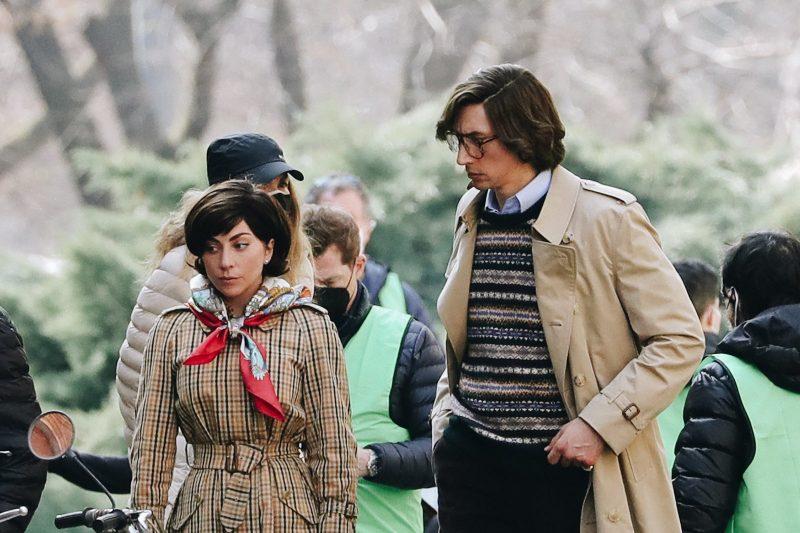 Tạo hình Lady Gaga và Adam Driver trong phim House of Gucci. Ảnh: Getty Images.