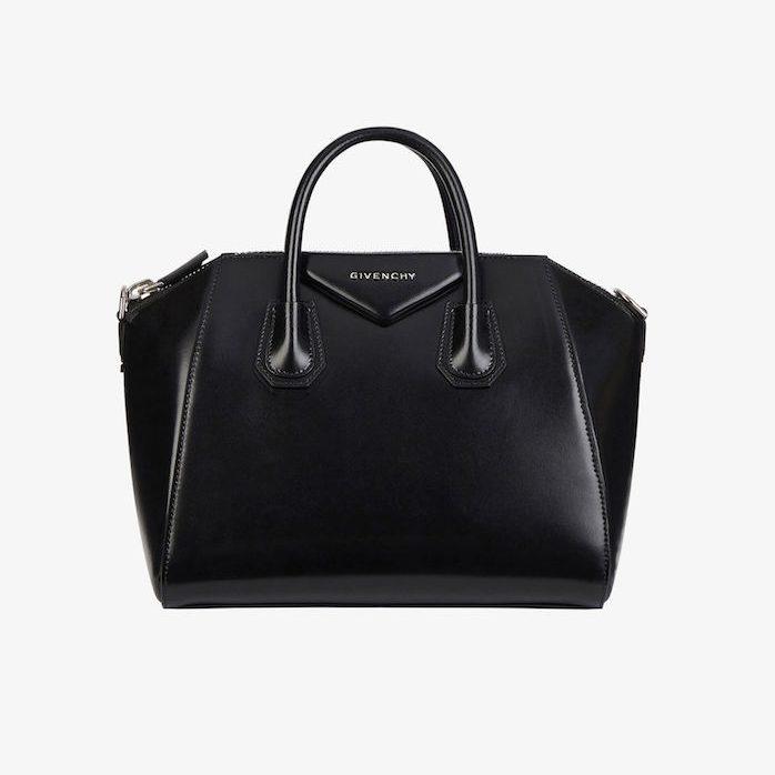 Givenchy tái thiết kế mẫu túi Antigona huyền thoại cho 2021 1